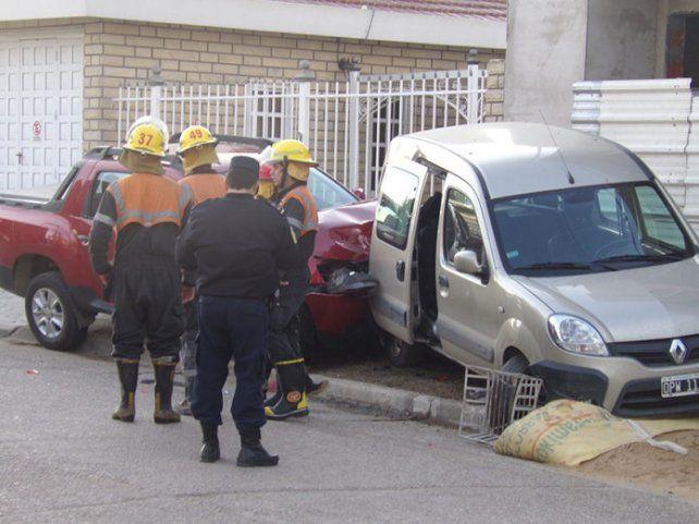 Incidente vial. El choque ocurrió dentro de la localidad de Crespo. Foto: Paralelo 32
