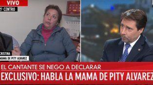 La mamá de Pity Álvarez asegura que a su hijo lo emboscaron