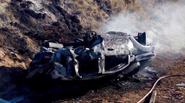 Cuatro muertos, entre ellos una niña, tras choque e incendio en ruta puntana