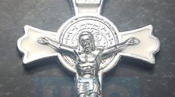 utilizando la cruz mistica extorsionaron y estafaron a creyentes religiosos