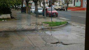 Solución. La intersección de calles Churruarin y Juan Manuel de Rosas con cloacas rebalsadas