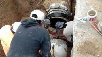 por reparacion de un cano no hay agua en varios barrios