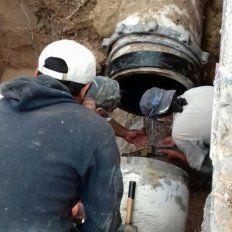 Por reparación de un caño no hay agua en varios barrios