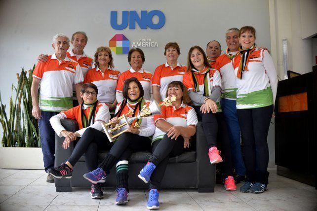 Adultos Mayores: el Grupo Urunday se trajo la copa a Paraná