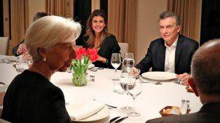Lagarde se reunió con Macri y respaldó los recortes para reducir el déficit fiscal