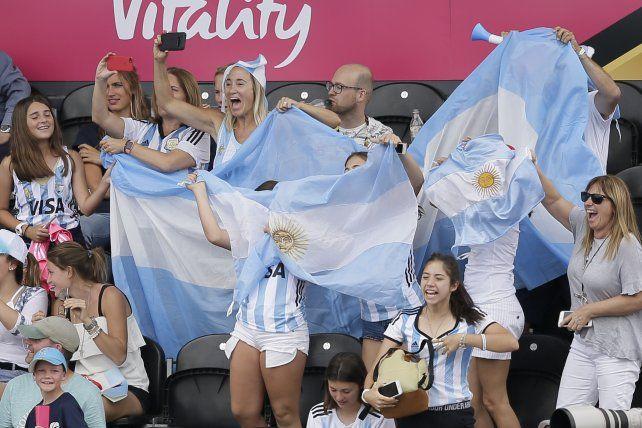 Las Leonas golearon a España en el primer partido del Mundial de Hockey