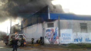 Fue controlado el incendio en un depósito de colectivos en Gualeguaychú