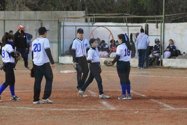 La final. El partido que completó la edición fue jugador por la gente del barrio Mercantil y el Salesiano. Fue 6 a 2 para el Centro.