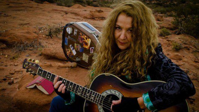 Claudia Puyó y su paisaje sonoro. La artista tiene cinco discos editados como solista en más de 40 años de carrera. Su último trabajo fue Primavera por un día