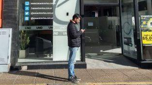 Se conoció la identidad del hombre que fue sorprendido sacando fotos en la vía pública