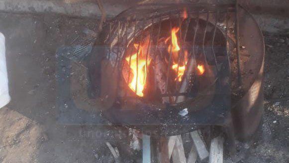 En la semana más fría, con leña y braseros resisten en barrios vulnerables de Paraná