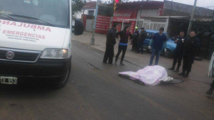Murió un ciclista aplastado por un camión