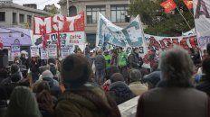 en fotos la marcha contra la reforma militar que impulsa el gobierno