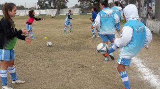 Goleada de las chicas de la LPF en el inicio del Torneo Nacional de Selecciones
