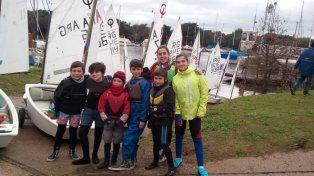Gran labor de Rowing y el Náutico en un Selectivo Provincial de Optimist
