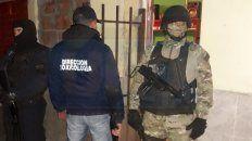 narcomenudeo: tres detenidos en allanamientos realizados en barrios de parana