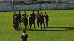 A futuro. El juego de hoy será analizado pensando en el estreno en Superliga ante Colón de Santa Fe.