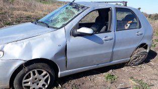 Tumbado. En el ingreso a Don Cristóbal se registró el otro accidente.