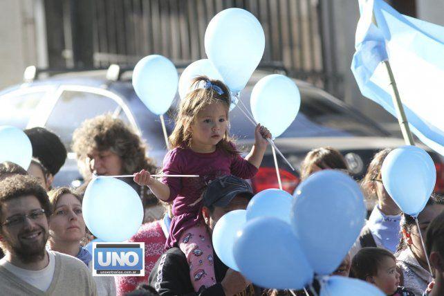 Las mejores 10 fotos de la marcha Provida y el video de la ecografía
