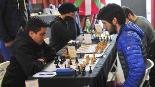 Pensando. El ajedrez es un juego catalogado como deporte