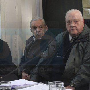 Rossi, Vainstub y Torrealday, en el banquillo.