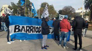Organizaciones sociales marcharon a Casa de Gobierno por pan y trabajo