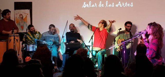 Samba na Esquina viene de armar una gran fiesta en ElSolar de las Artes de Santa Fe.
