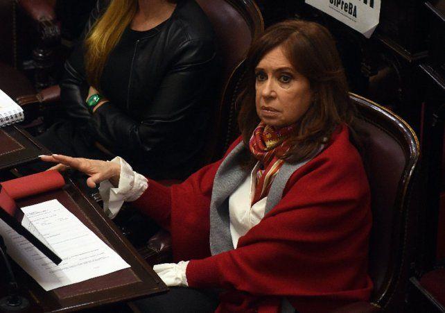Se cayó la sesión para autorizar los allanamientos a los domicilios de Cristina y pasó para la semana que viene