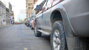 Diferencia. La multa por estacionar mal en Paraná cuesta 644 pesos