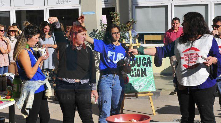Levantan la toma de la Facultad de Trabajo Social