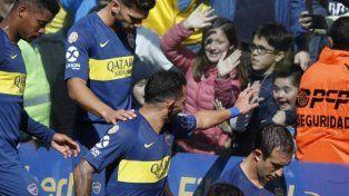 El pequeño gesto de Carlitos Tévez que hizo feliz a un niño