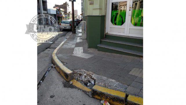 Veredas detonadas en el centro, inexistentes en los barrios