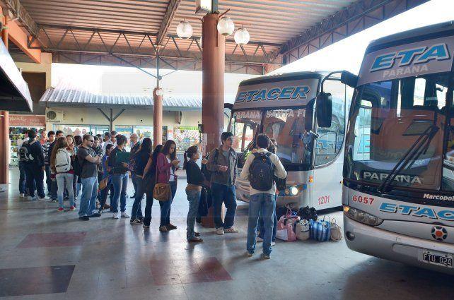 En ocho meses, el boleto del servicio Paraná-Santa Fe aumentó más del 80%