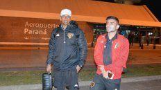 Los jugadores paulistas, anoche, en el Aeropuerto de Paraná. FotoÉrico Leonan
