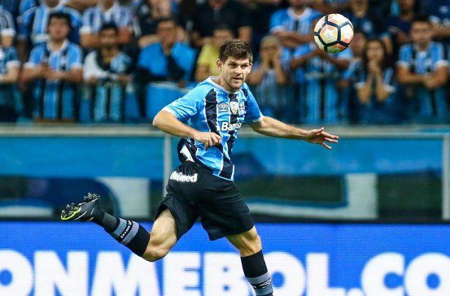 Desde Brasil. Walter Kannemann integra el plantel de Gremio de Porto Alegre desde inicios de 2017. Con este equipo conquistó la última edición de la Copa Libertadores de América.