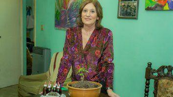 Solidaria. Silvia colabora de manera gratuita con pacientes que necesitan el aceite medicinal.