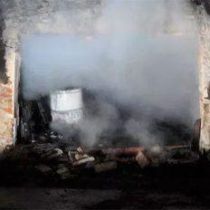 Dos muertos en un incendio: Investigan si fue femicidio seguido de suicidio