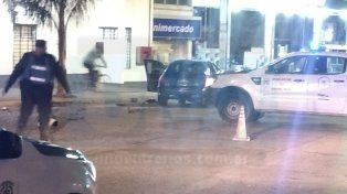 Dos vehículos chocaron en una esquina muy transitada de Paraná
