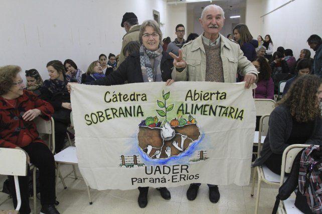 Irmina y Remo en la escuela Normal de Paraná.