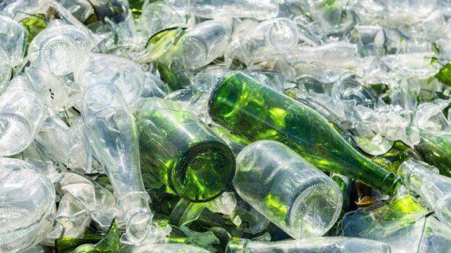 35Es el precio del kilo de vidrio. Depende su calidad y tipo puede llegar a venderse en 0