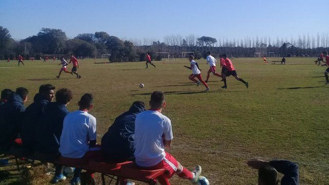 Atlético Paraná perdió en Santa Fe