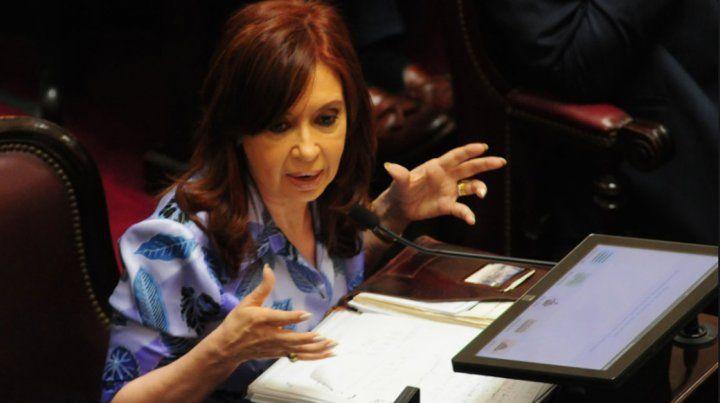 En el día del dólar récord, Bonadío citó a Cristina: son de manual, dijo