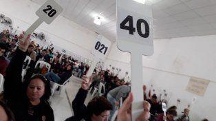 Puntos claves. Por una gran mayoría se fijaron los puntos de reclamos. Foto: Agmer