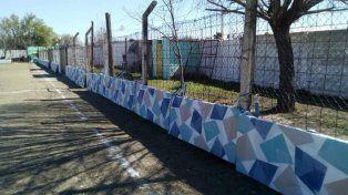 El club San Miguel instaló las colchonetas que recibió la LPF