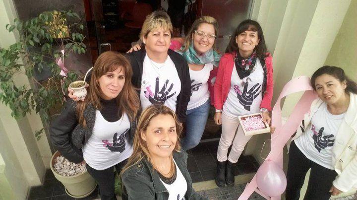 Pelucas de esperanza. En la ONG trabajan para ayudar a mujeres con cáncer.