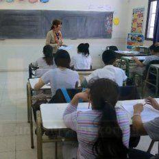 Sacar al chico del pizarrón: El plan del Gobierno para cambiar la forma de dar matemática