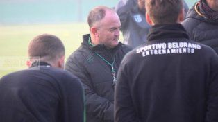 El entrenador que se preocupa por la crisis económica del país