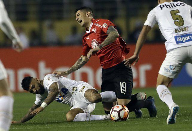 Independiente iguala sin goles y tiene un pie en cuartos
