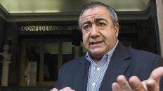 Vocero. Héctor Daer, uno de los triunviros de la CGT, anunció la medida de fuerza en la sede de Azopardo.