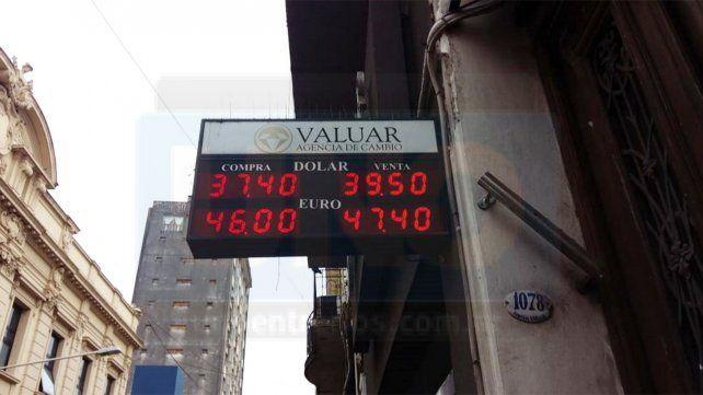 Fuerte medida del Banco Central para contener al dólar que rozó los 40 pesos